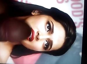 Cum flatter Deepika Padukone(1)
