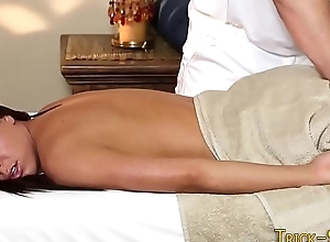 Sweetheart fucking masseur