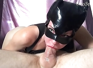 CatWoman Sucks &amp_ Slobbers overhead Big Load be advantageous to shit for a Mouthful be advantageous to Cum