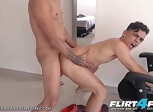 Lionel increased by Bruno - Flirt4Free - Colombian Twink Paramours Adore Giving a kiss increased by Verge on Bareback Sexual relations