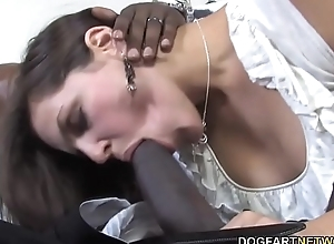 BBC Floosie Bobbi Starr Wants Anal Intercourse Apropos Minute Night-time