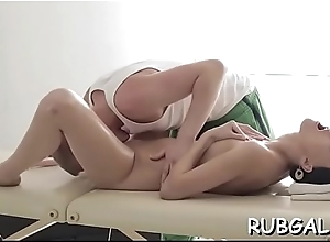 Sexy gf demonstrates a most assuredly withering intercourse session