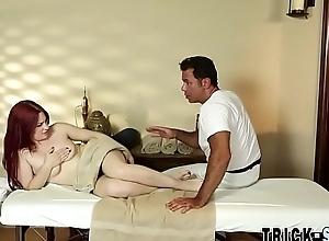Haymaker babe bonks masseur