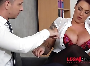 Top-heavy kingpin Harmony Reigns receives fucked hard off out of one's mind co-worker in front assignation GP231