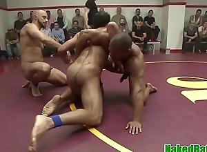Muscular sportsman receives cocksucked at near battle