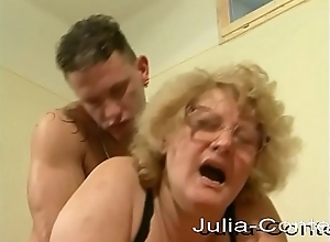 60 years, horny, makes her chief amateur membrane