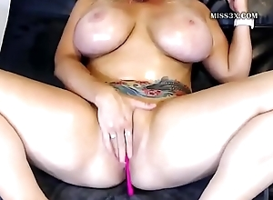huge bosom lass solo anal behave oneself orgasm and squirt