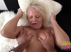 Naughty Full-grown Streetwalker Cums On A Huge Flannel Together with Loves Tingle