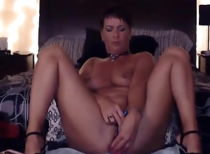 Sexy MILF Natasha Sparx with long fingertips and great ass