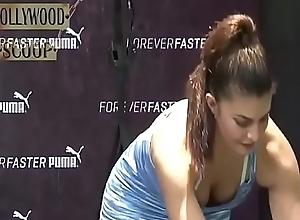 Jacqueline Fernandez chest Showing cleavage Hawt Exercise VIDEO!