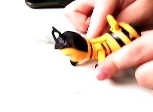 BEE Sheet a abelha bee movie fudendo gostoso a humana sem d&oacute_ nem piedade na escola (BRASIL)