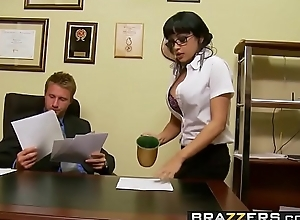 Lustful agony aunt (Abella Anderson) receives pounded wantonness the desk - Brazzers