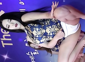 dance morose Kpop Korea fancam https://m.youtube.com/channel/UCRWkAsmreaJ RwxHDmK2WKQ