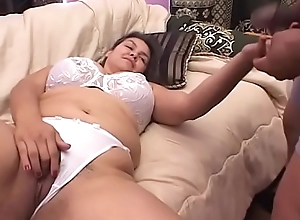 Horny stud object his dick sucked by slut Samantha Suahini less queasy muff beofre a dear one
