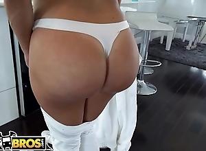 BANGBROS - Obese Booty Latin Maid Julianna Vega Gives Brick Danger Full Subvention