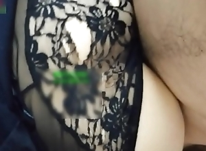 seyou19.com@身材性感的包臀裙小嫂子出租屋偷情,男的一直用手抠嫩穴,女说:求你了,要鸡巴要喷了!