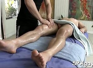 Sensual plus gratifying homosexual massage session