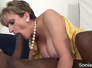 Adulterous british milf lady sonia flaunts her huge boobies