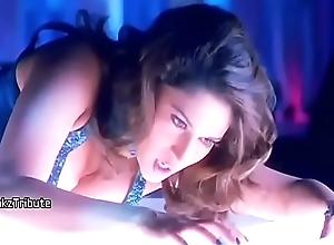 Madhuri Dixit Very Hot Confidential  breaking