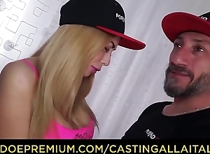 CASTING ALLA ITALIANA - Italian blonde enjoys DP with respect to MMF triptych