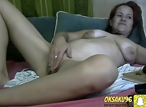 Milf'_s woman show will not hear of old teets