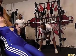 Carmen Valentina Receives Gangbanged Hard by Fat Threatening Schlongs