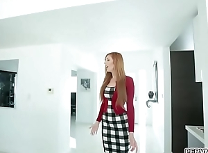 Astonish fuck for my hawt Stepmom Lauren Phillips