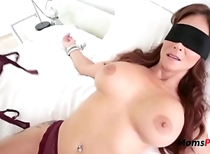 Blindfolded Mommy Thinks It'_s Her Economize on