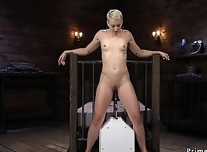 Fucking utensil bottomless gulf into blondes butt