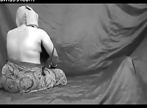 Yeng Bhabhi Serving-woman Sex