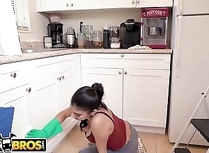 BANGBROS - My Dirty Maid Michelle Martinez Sucks My Cock Besom