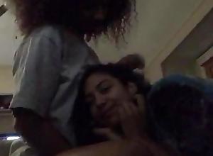 [Periscope] Cute lesbian babes kissing on cam - full movie http://j.gs/Bg8w