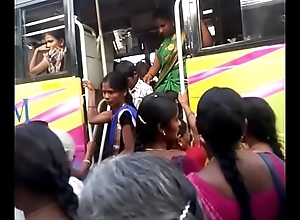 Aunty around bus.. blouse teat visible... Wait for watchfully 5