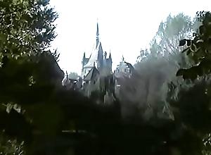 Cat's-paw White &amp_ 7 Dwarfs 1995  Running Video http://dapalan.com/1icd  PASS= 56th456