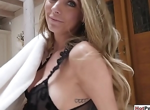 My dominate blonde stepmother blows my bushwa be useful to breakfast
