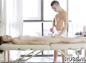 Agile massage psychiatrist seduces hawt termagant to bang her juicy pussy