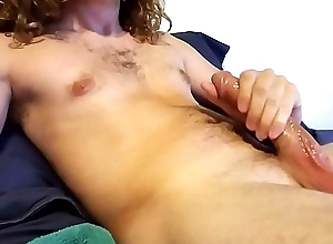 Wanking my chubby cock with buy off