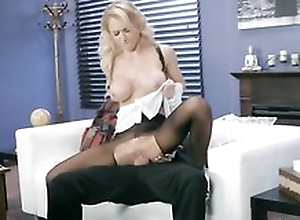 Whorish maid is property screwed through the aperture here her pantyhose