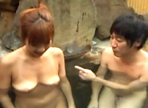 Oriental wife pleasing hubiie with oral-stimulation in incorporate