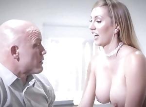 Bald-headed transactions fucks his spectacular secretary