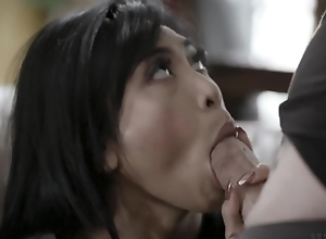 Exotic bombshell gets rightly screwed by her BF's brother