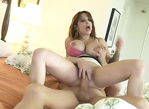 Curvaceous grown up with huge tits acquires eaten out and screwed in bed