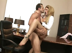 Fabulous explicit down snotty heels pleasuring boss down his office